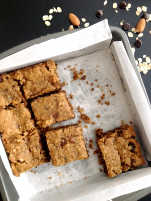 Chocolate_Chip_Almond_Butter_Bars1