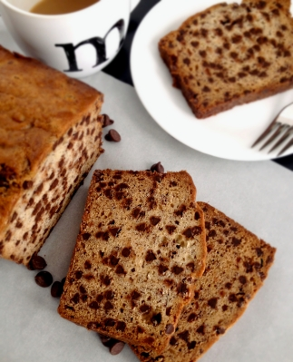 Chocolate_Chip_Banana_Bread_Somethingsweet1