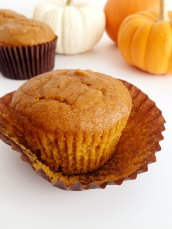 Pumpkin_Muffins_Somethingsweet1